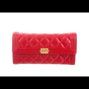 Authentic CHANEL Quilted Boy Continental Wallet ❤️